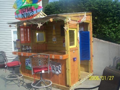 Diy tiki bar http how to build a tiki for Beach hut design ideas