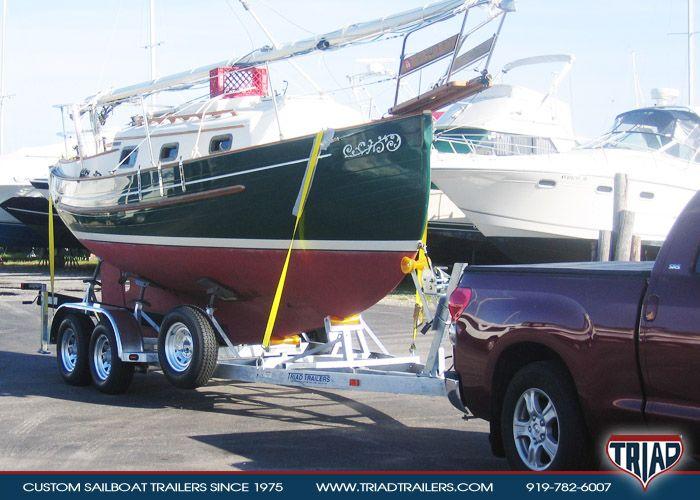 http://triadtrailers.com/triad-trailer-gallery/sailboat-trailers/triad-trailers-under-24-feet/pacific-seacraft-flicka/