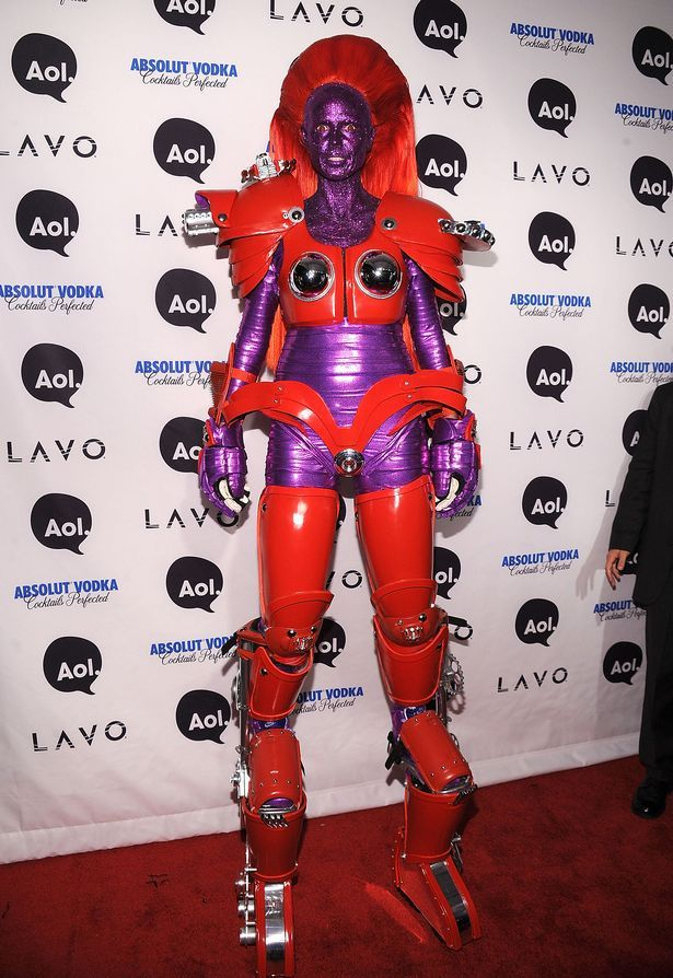 Heidi Klum's Halloween costumes over the years: From a sexy cat to a hobbling pensioner - Mirror Online