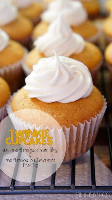Todd & Lindsey: Twinkie Cupcakes