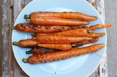Balsamic Grilled Carrots (yes, you can still grill in September) #recipe #sidedish #grilling