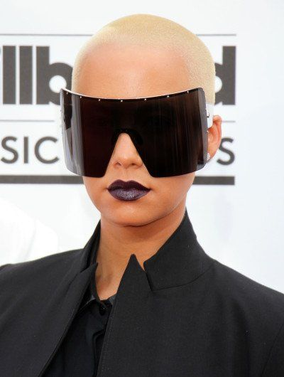 Amber Rose Sunglasses Create Red Carpet Stir, Confusion