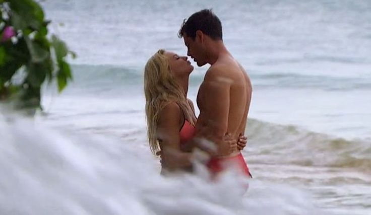 Lauren Bushnell Reacts To 'Bachelor' Ben Higgins' Bombshell Confession, One That Almost Ruined Their Post-Engagement Vacation [Spoilers]
