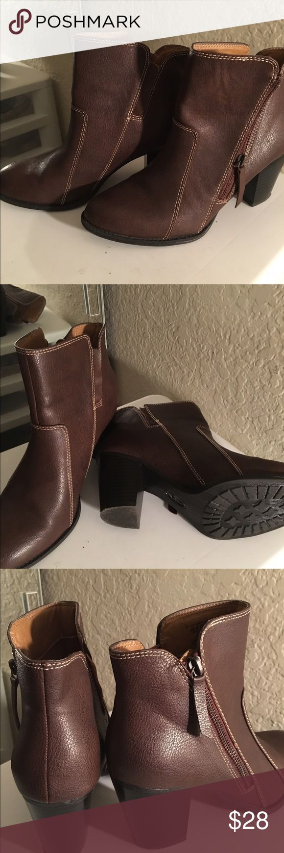 Ladies ankle boots Just like new, worn 1 time, soft brown leather like, ankle boots. Zipper on the outside, 3 inch heel. Really cute with leggings & jeans 🤗 Covington Shoes Ankle Boots & Booties