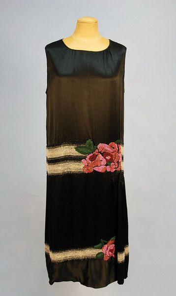 1920s Black Flapper style Evening dress with Pink Rose Detail.