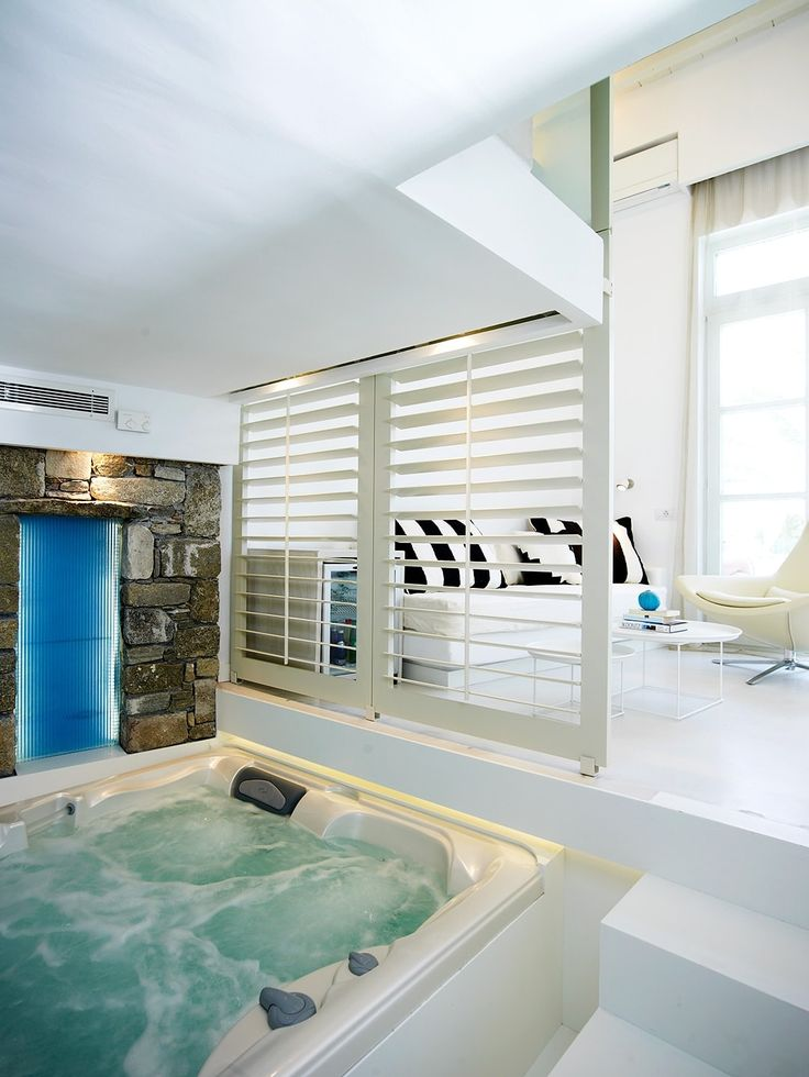 Next time you are in Mykonos book the luxury Executive Pool View Suite at our hotel and enjoy great views, ultimate pampering and amazing services. http://www.semelihotel.gr/accommodation/executive-suite-pool-view-mykonos/  #Semeli #SemeliHotel #Mykonos