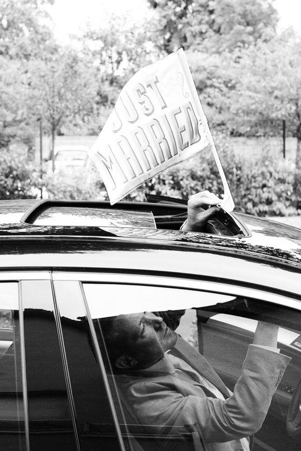 paris location voiture mariage just married fanion guirlande voiture accessoires pour russir votre - Location Voiture Mariage Franche Comt