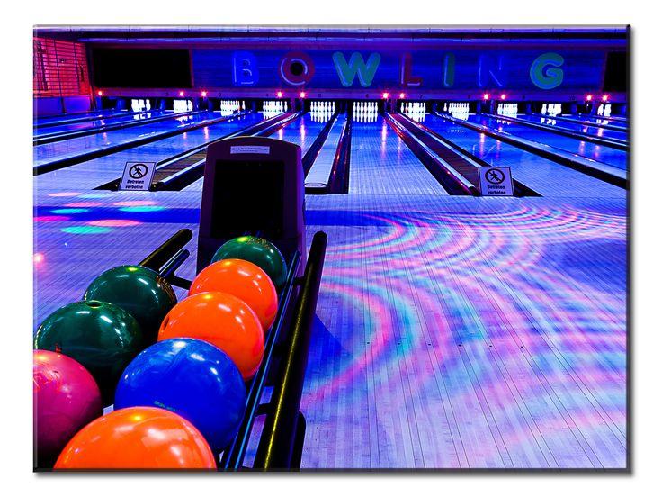 Club Bowling Balls - 1 Panel L