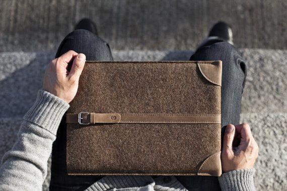 "MacBook Pro Retina 13"" Sleeve/ Case/ Cover - Deep Caramel Brown Wool Felt and Brown Premium Leather"