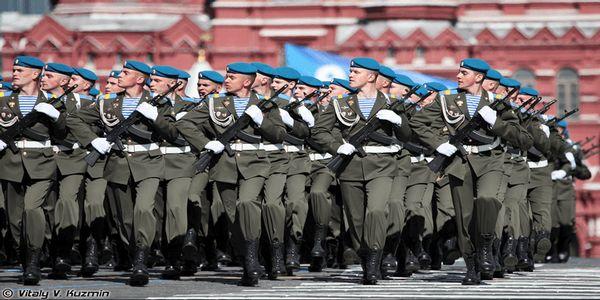 'La Russie et l'OTAN se préparent activement à se faire la guerre'