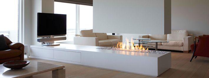 vrijstaande gas openhaard, modern ontwerp als roomdivider