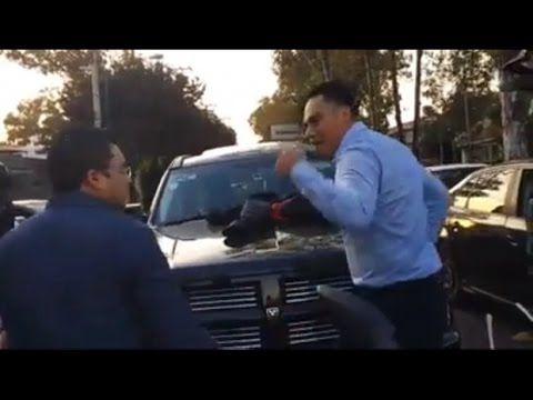 #LadyCuernos encuentra al amante de su esposa ¡manejando su camioneta!  ...