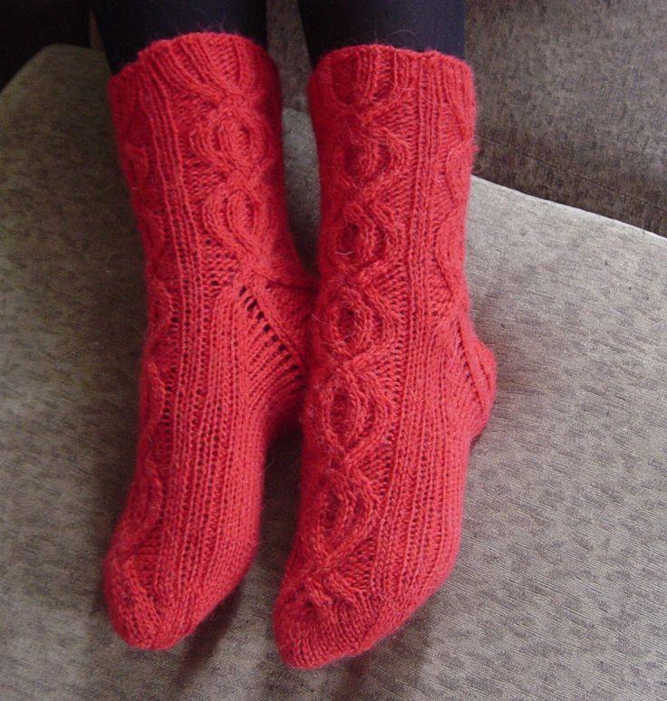 Женские тонкие вязаные носочки от Ivolgaknits на Etsy
