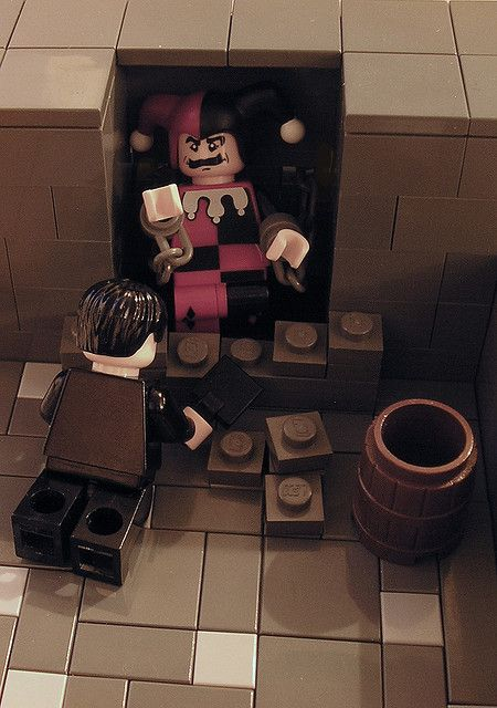montresor as a tactician in the cask of amontillado by edgar allan poe To wrap it up, edgar allan poe's short story 'the cask of amontillado' is the story of a man named montresor who decides to seek revenge against a man named fortunato, who has insulted him he .