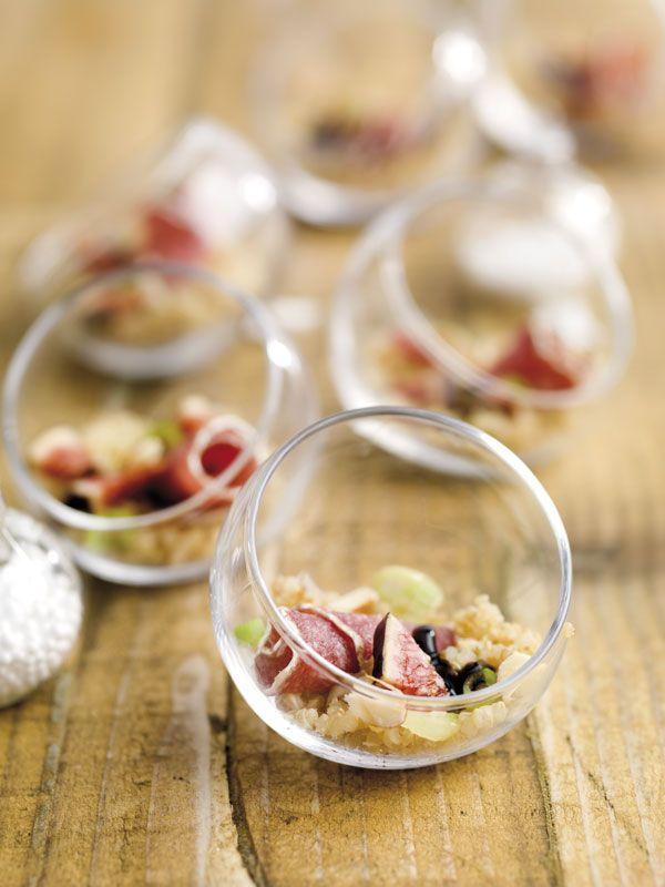 Hapje met quinoa, vijg, amandel en flinterdunne gedroogde worst