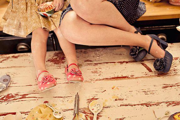 <Le gambe delle donne sono dei compassi che misurano il globo terrestre in tutte le direzioni, donandogli il suo equilibrio e la sua armonia.> Bertrand Morane