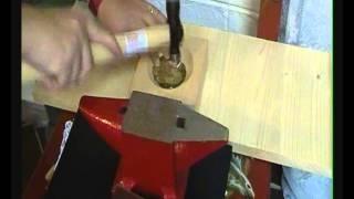 Tutorial  Metal Art  Ricicliamo una scatola dei pastelli (1° puntata)