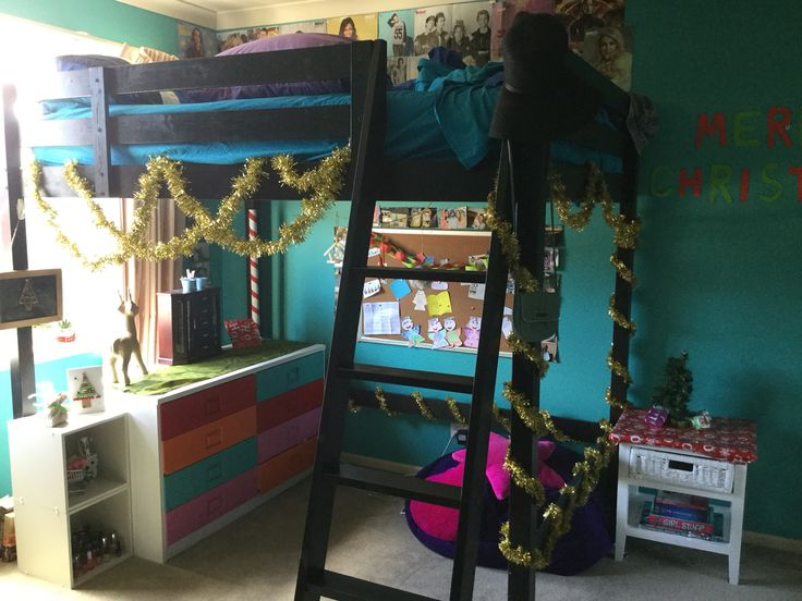 How to decorate your room for Christmas!! #christmas #room #teen #bunkbed #tinsel #decorate