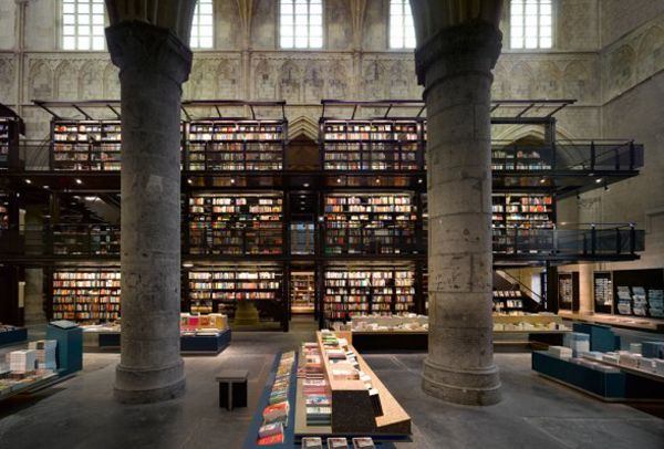 Bookstore in what used to be a church.: Libraries, Book Stores, Book Lovers, Bookstores, Interiors Design, Old Church, Selexyz Dominicans, Maastricht Netherlands, Dominican Church