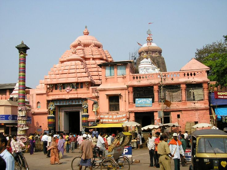 Puri tourism has always been popular among traveler enthusiast due to the existence of many amazing Tourist Places in Puri including the Jagannath Temple Puri, Odisha.