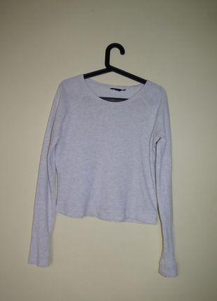 Kup mój przedmiot na #vintedpl http://www.vinted.pl/damska-odziez/bluzy/10449761-sliczna-bluza-basic-rozmiar-s