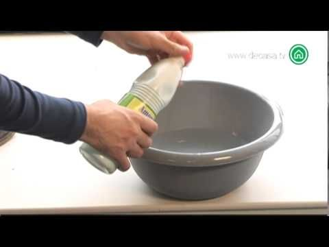 Bricodeco Truco para limpiar cristales - YouTube