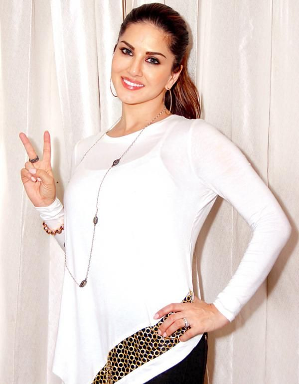 Mastizaade actress Sunny Leone is more popular than Salman and SRK!