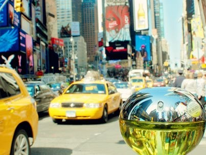 DKNY Be Delicious in Times Square
