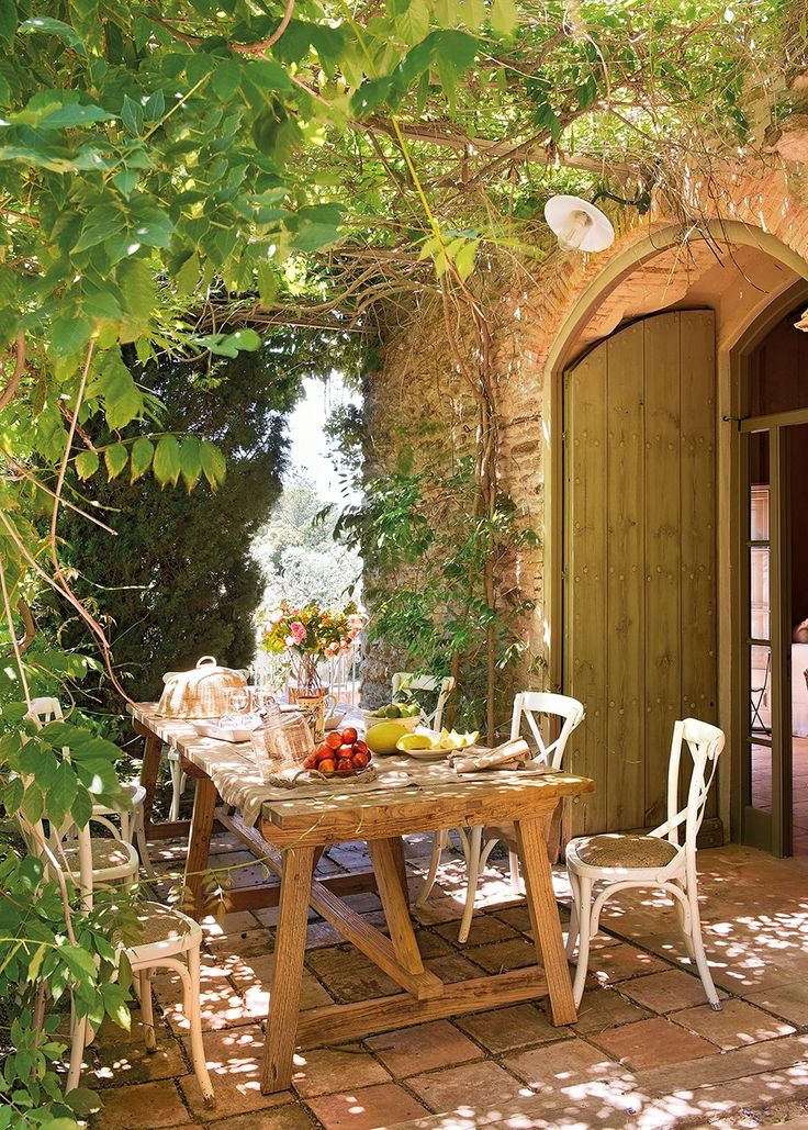 17 mejores ideas sobre patios traseros en pinterest - Comedores de jardin ...