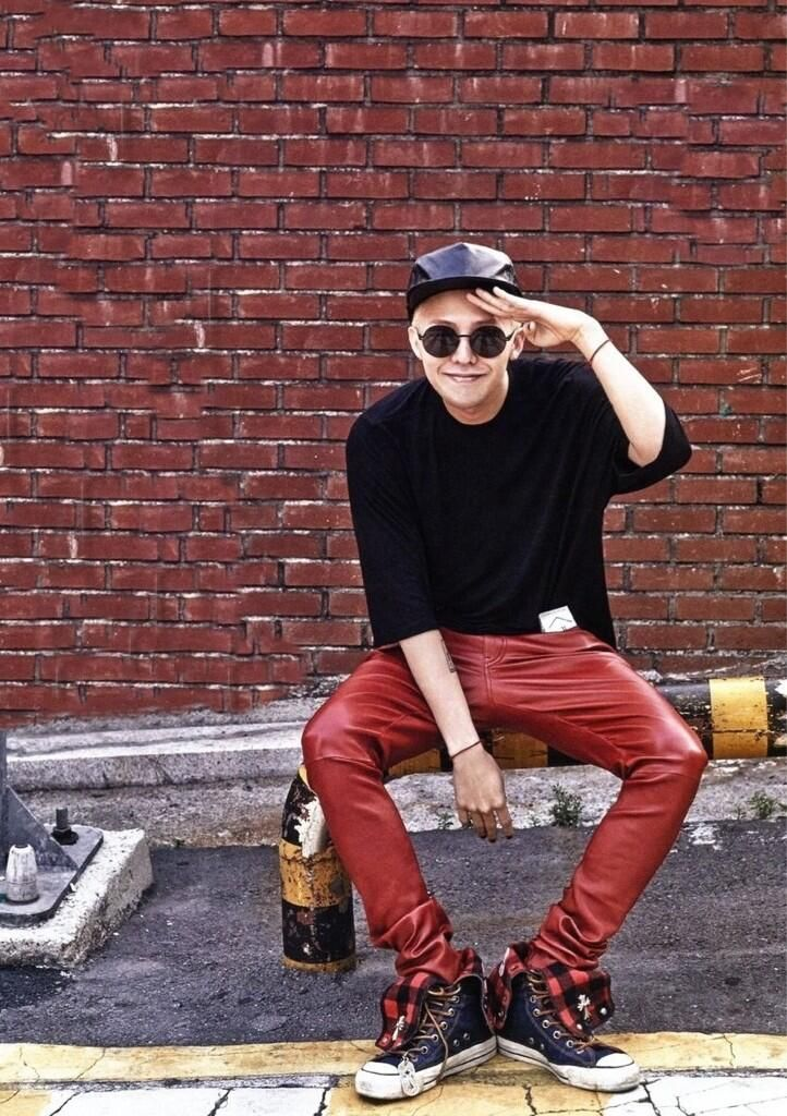 G Dragon. If I could have male Kpop idol's clothing, it would either have to be GD, Zhou Mi from Super Junior, or Key from SHINee.