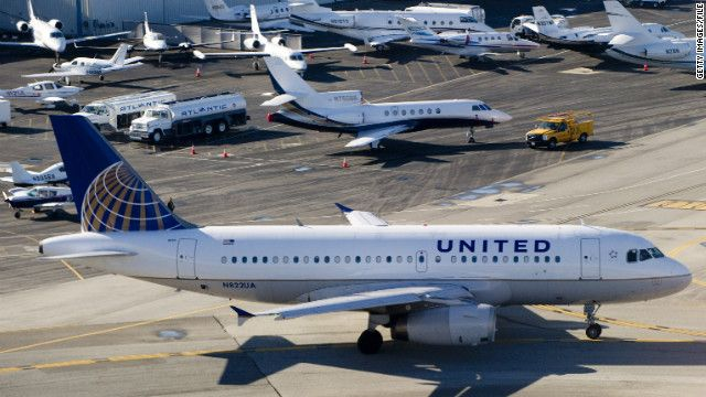 United Airlines delays flight for man to see dying mother #tearjerker