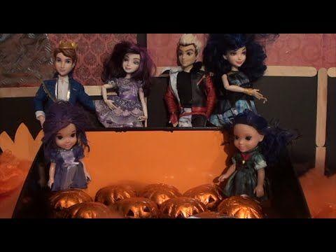 MAL and EVIE Descendants Surprise Halloween Eggs Play-doh Halloween Surp...