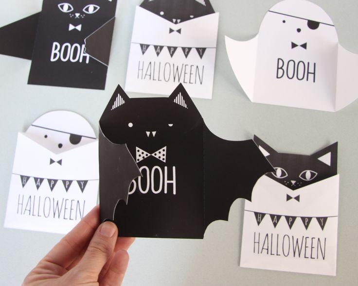 BOOH ! Welcome Halloween ! Voici à réaliser soi-même des cartes 3D et leurs pochettes, on y retrouve la chauve-souris, le fantôme et le cha...
