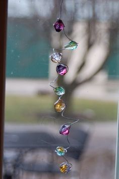 Simple way to make sun-catchers with beads & wire.