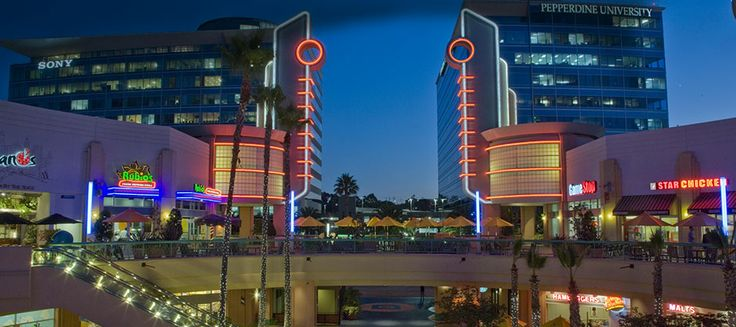 The Promenade at Howard Hughes Center-Los Angeles Movies, Dining, and Live Music