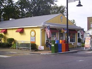 Tatonut Doughnuts, Ocean Springs, Mississippi.