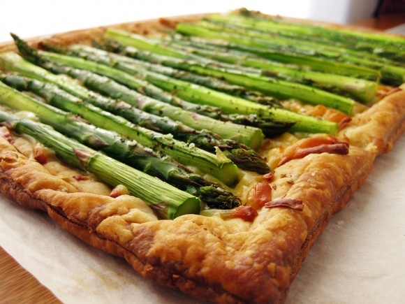 asparagus gruyere tart | Food Fun | Pinterest