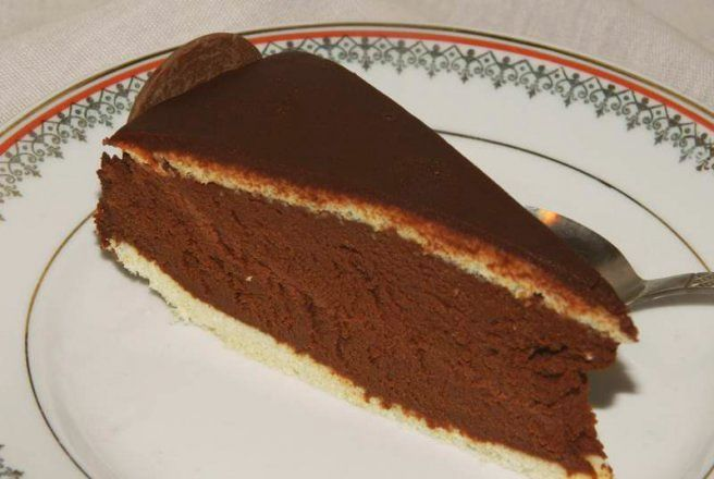 Reteta culinara Desert tort Maresal Joffre din categoria Torturi. Cum sa faci Desert tort Maresal Joffre