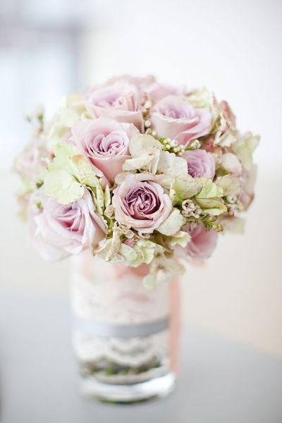 wedding centerpiece--co cute!