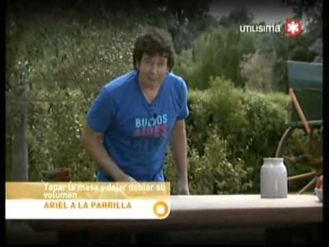 Ariel a la Parrilla Ribs con Barbacoa y Pan Catalan con ensalada - YouTube