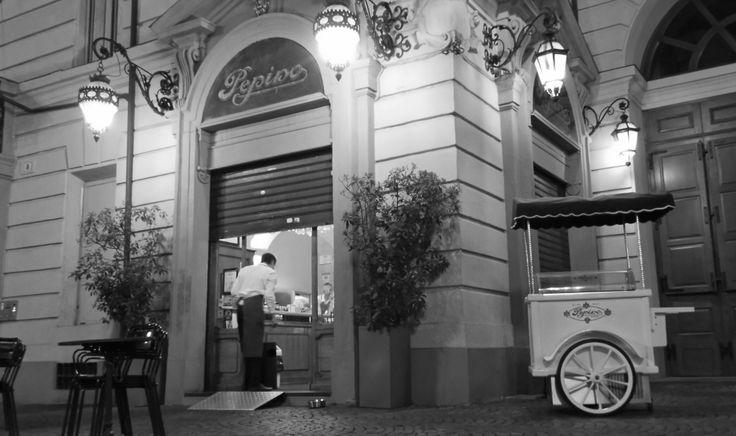 The famous gelateria Pepino in Turin *yummie* :-)