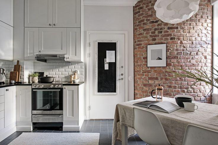 Baldosa metro y ladrillo visto en la cocina - Blog decoración estilo nórdico - delikatissen