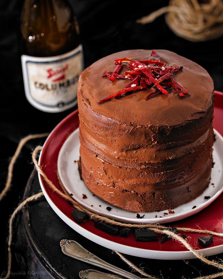 Ein Schokoladiges Traumtörtchen! Man nehme dunkle Schokolade, karamelligen Demerara-Zucker, feurig kandierte Chilischoten und Pale Ale