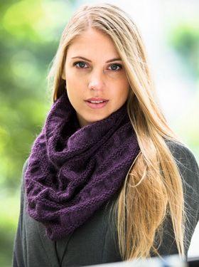 Langt, strikket halsrør