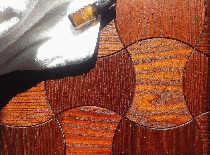 Klepki parkietowe Rubber wykonane z egzotycznego drewna (merbau) są bardziej odporne na wilgoć - nadają się nawet do łazienki