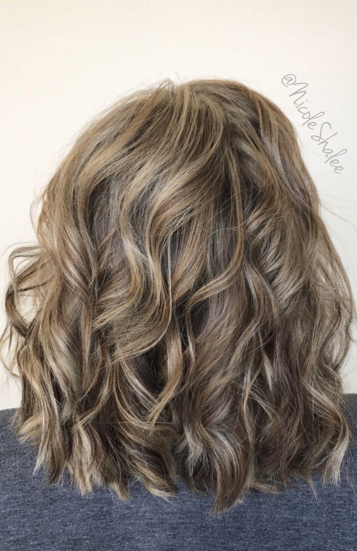 Lob, Long Bob, Beach waves, Bronde Hair, Sandy Brown hair, Sandy Blonde hair, curled hair, summer hair, spring hair, Angles Bob, Stacked Bob, Kenra Color