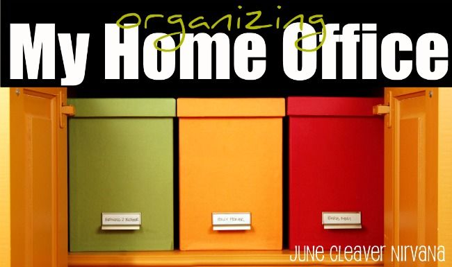 How I organized my home {blogging} office via June Cleaver Nirvana
