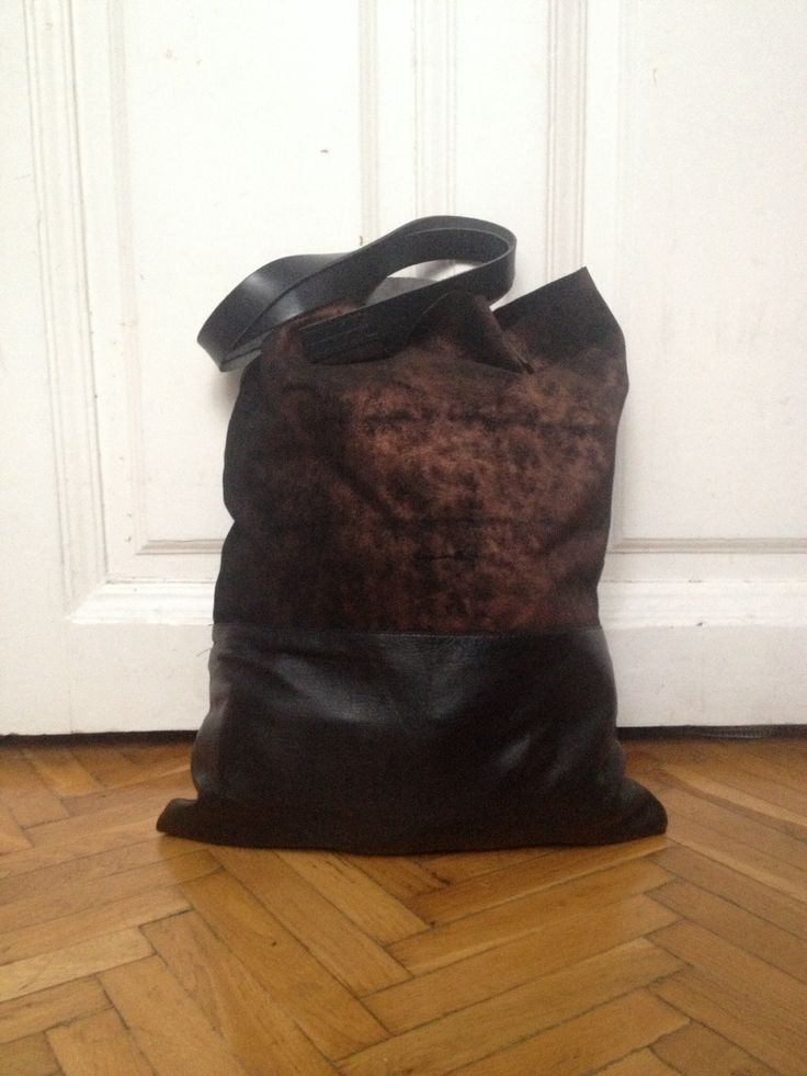 Huge leather totebag combined from metallic suede and calfskin  www.facebook.com/ihaybyannamihalyffy