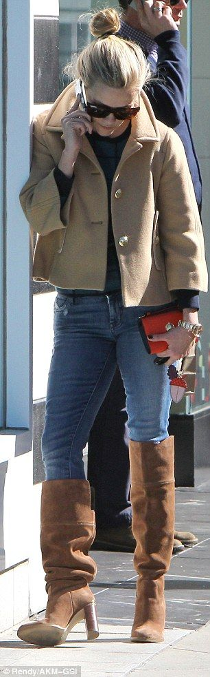 Reese Witherspoon braves the chilly weather in camel coat and knee high boots ensemble visiting LA spa : Daily Mail Celebrity waysify