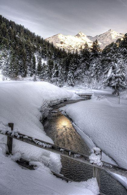 316 best images about france winter l 39 hiver on pinterest mont blanc paris and montmartre paris. Black Bedroom Furniture Sets. Home Design Ideas